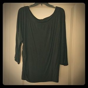 Cute black 3/4 sleeve knit maternity top.
